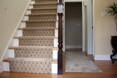 Interior Design Stairs And Landing by Carpet Runner For Stairs With Landing Home Decor