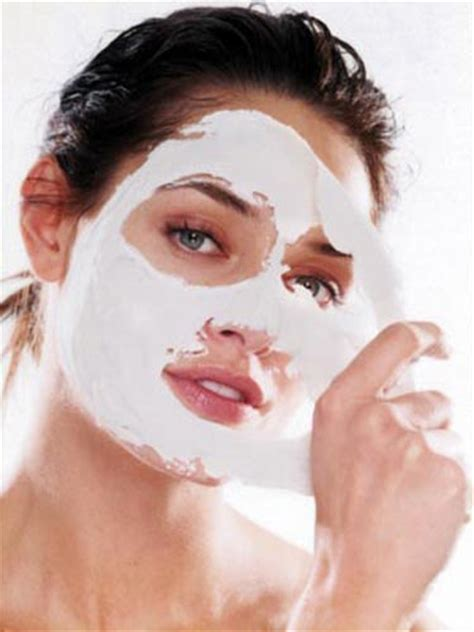 Strawberry White Mask spa treatments for home treatments you can do at home