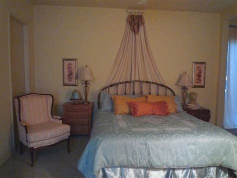 canopy bed crown diy ideas for bed crowns and canopies design dazzle