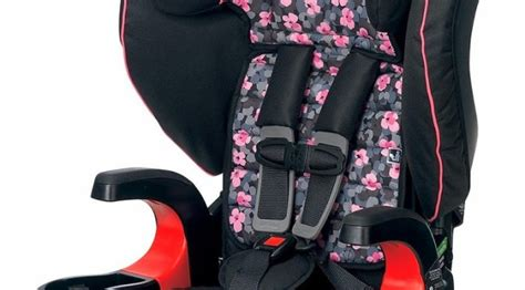 when to transition to forward facing car seat when is it safe to switch from forward facing to a booster
