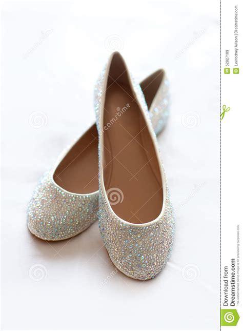 Flache Hochzeitsschuhe by Flache Hochzeitsschuhe Mit Diamante Stockfoto Bild 52827109