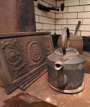 love this victorian style kitchen things for a home johniac musings of a 60 something geek victorian kitchen
