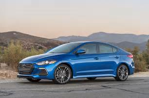 Hyundai Sport 2017 Hyundai Elantra Sport Starts At 22 485 Motor Trend