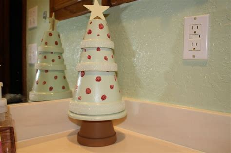 flower pot christmas tree christmas decorating ideas