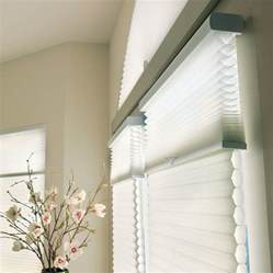 Honeycomb Window Blinds What S The Difference Cellular Vs Pleated Shades