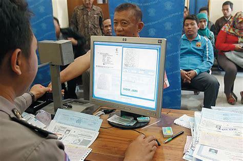 Membuat Sim Lintas Provinsi | satlantas layani perpanjangan sim lintas provinsi