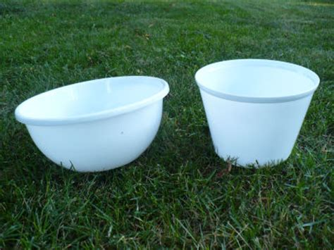 Plastic Planter Bowls by Make A Plastic Bowl Urn Planter Dollar Store Crafts