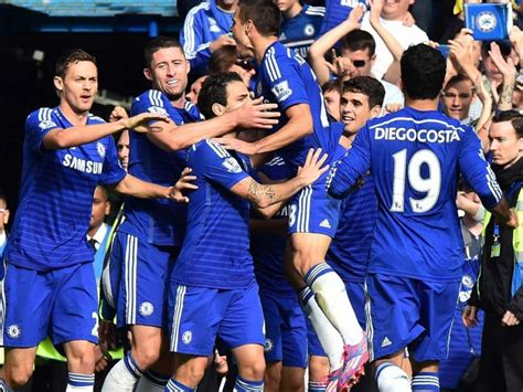 epl news chelsea epl chelsea f c eye crystal palace rout to retain top