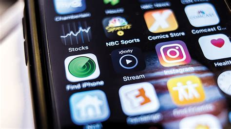 comcast tv offers comcast s xfinity app offers subscribers live tv