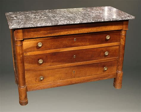 Difference Between Dresser And Chest Of Drawers by How To Tell The Difference Between Antique And Reproduction