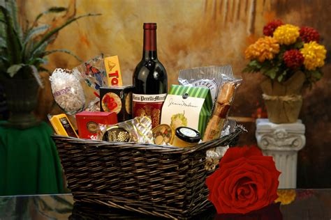 top 3 gifts gifts baskets