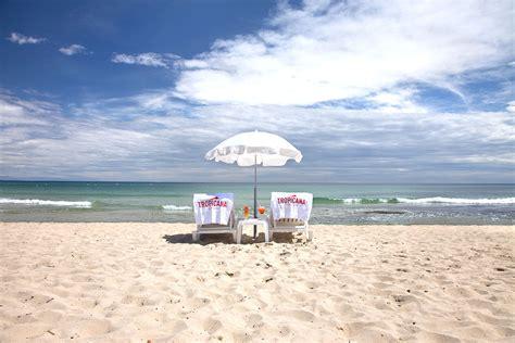 TROPICANA   La Plage   Restaurant de plage par la Tarte Tropézienne