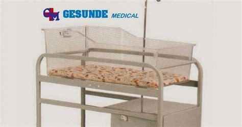 Kursi Roda Untuk Bayi tempat tidur bayi rumah sakit infant bed yc b