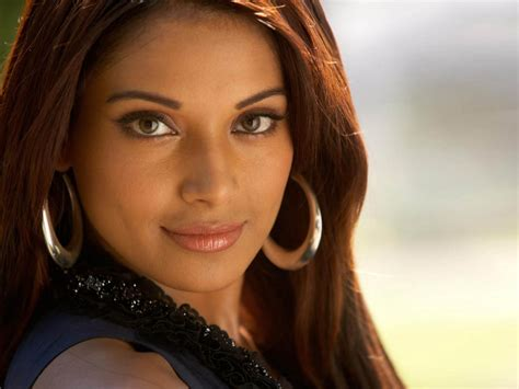top celebrities in india top 5 hottest women celebrities in india 2013
