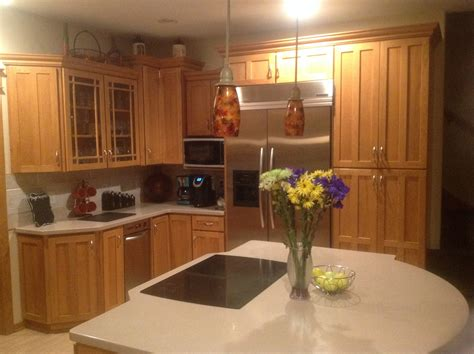 wood trim for kitchen cabinets painted kitchen cabinets with oak trim quicua com