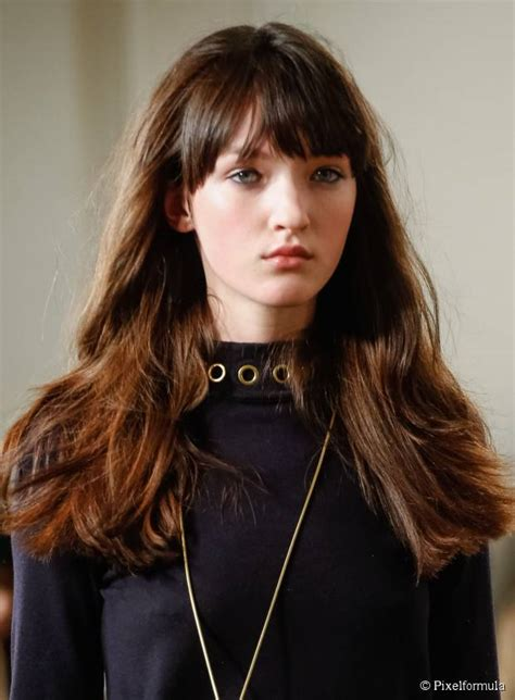 hairstyles with textured bangs 5 new hairstyles to try in december
