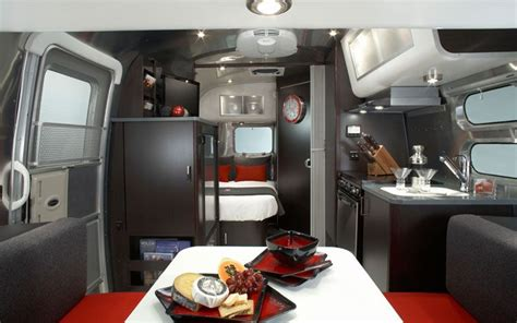 Trailer Interior by 15 Cool Mobile Homes Trailers Interiors Decoholic