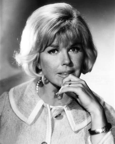doris day hairstyles 434 best images about doris day on pinterest the daisy