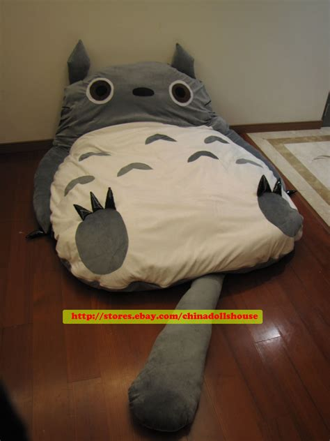 giant totoro bed the gallery for gt giant totoro bed
