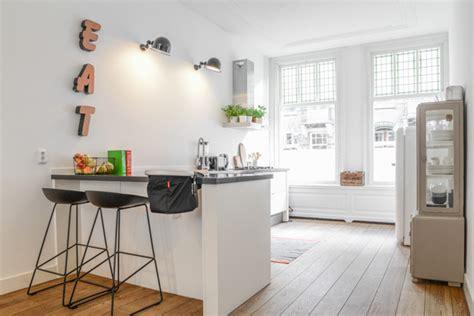 Kitchen Inspiration maison deco scandinave cuisine bar deco blanche cuisine