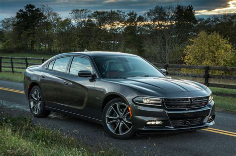 2015 Dodge Charger Rt Front Three Quarter View 5 Photo 9