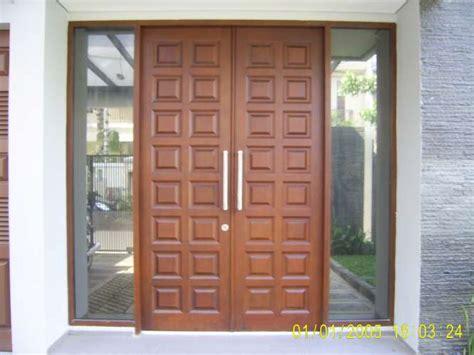 rumah minimalis modern desain kusen minimalis pintu
