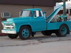Chevrolet Tow Truck Quot 50 S Chevrolet Tow Truck Quot By Diane Trummer Sullivan