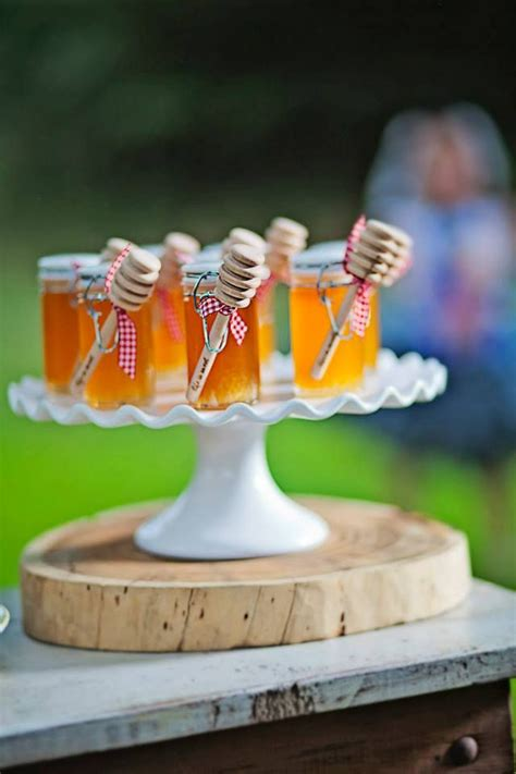 small jars of honey wedding favors 25 best ideas about honey jar favors on