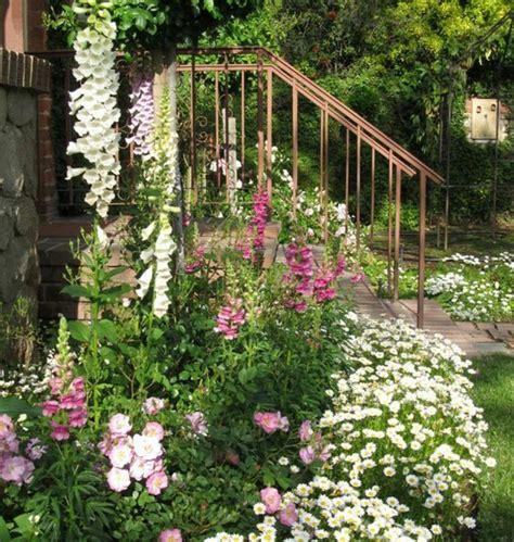 Massif Decoratif Jardin by Massif Decoratif Jardin Astuces Pour Amnager Un Petit