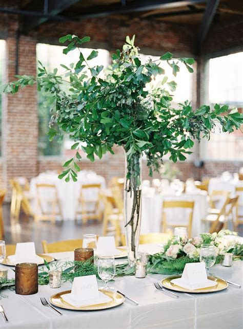 Table Vases For Weddings by Best 25 Centerpiece Ideas On Wedding Centerpieces Simple