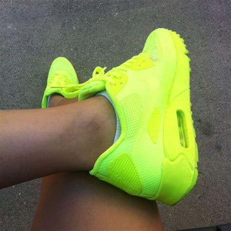 neon shoes neon yellow nike my