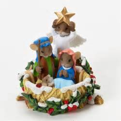 charming tails nativity scene 4023649 flossie s gifts