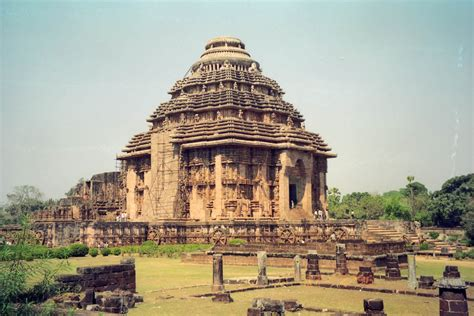 Konark Sun Temple Essay In by Picture Of Sun Temple Konark India Images