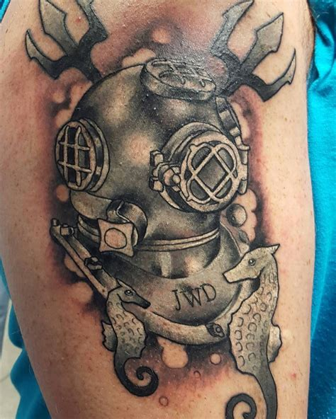 scuba tattoo designs black and grey scuba tattoos by nick droomer