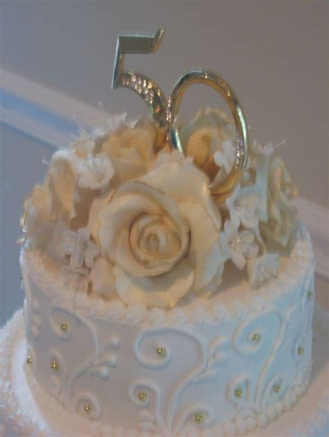 The 25  best 50th wedding anniversary cakes ideas on