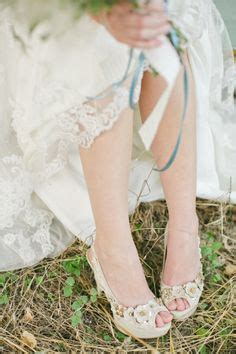 8 Cool Wedding Apps For The Brides Iphone by 1000 Images About Wedding Shoes On Wedding