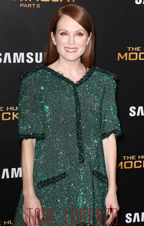 Gamis Fashion Chanel julianne in chanel couture at the quot the hunger mockingjay part 2 quot new york premiere