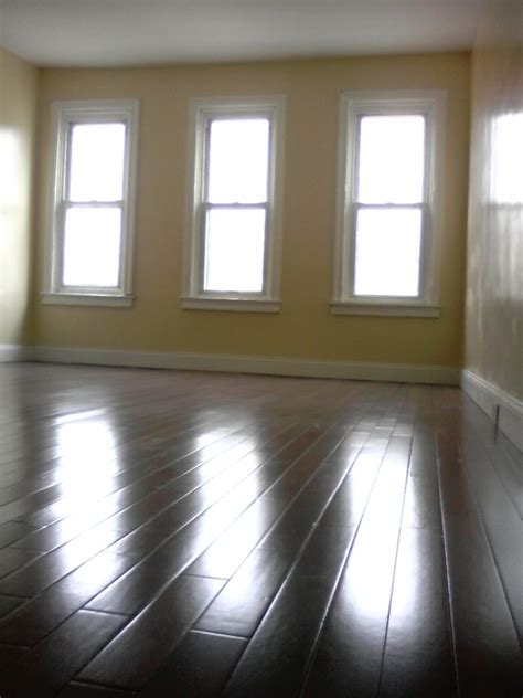 4 bedroom houses for rent in baltimore city baltimore city 4 bedroom and 2 full bath rowhouse for