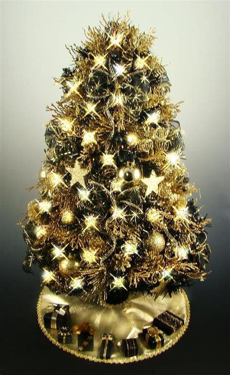decorated mini tabletop tree black and gold