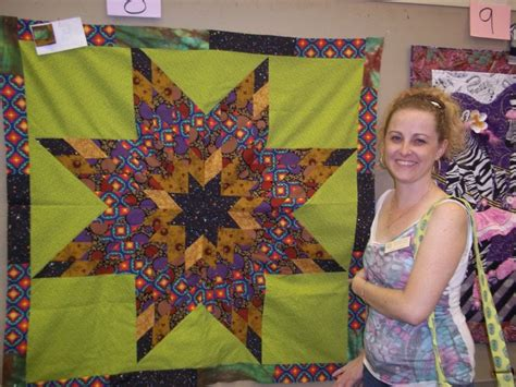 quilt challenge with the friendship knot quilters