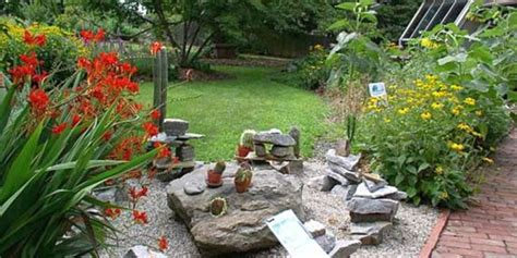 small rock garden design 18 simple small rock garden designs