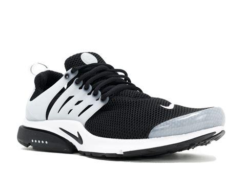 air presto black black white neutral grey