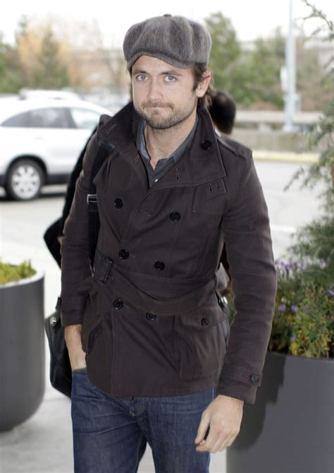 emmy rossum vancouver justin chatwin photos photos exclusive justin chatwin