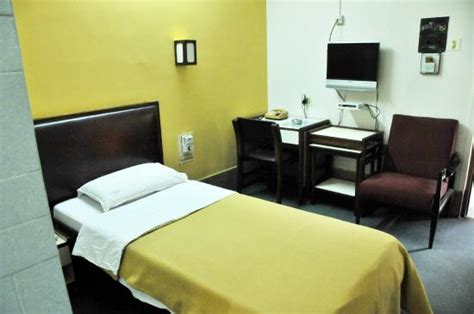 Individual Room Ac by Deluxe Single Room Ac Room Picture Of Kamat S Hotel