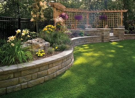 backyard retaining walls ideas 25 best ideas about raised flower beds on