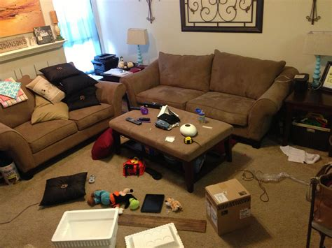 messy living room messy family living room decorating clear