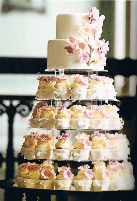 Wedding Cake With Cupcakes by Cupcake Wedding Cakes Stylish