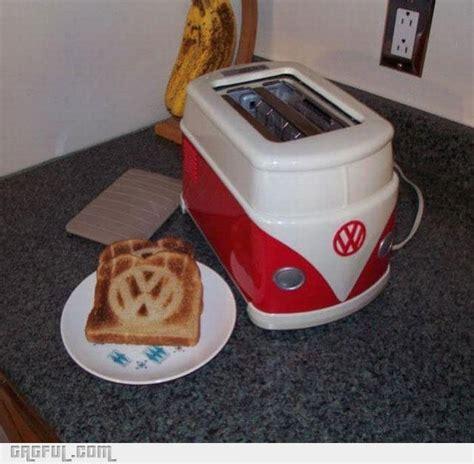 rare vw bus toaster  toast    hippie inspired breakfast bit rebels