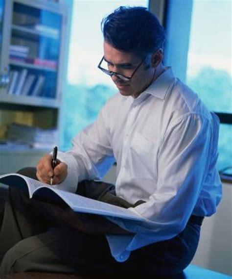 managing editor job descriptions salaries woman