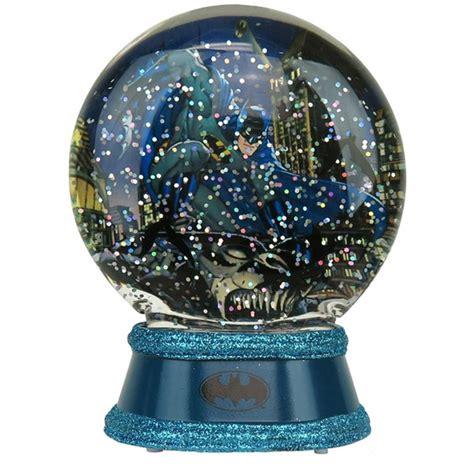 batman lighted snow globe geekalerts